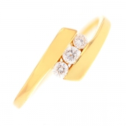 Bague trilogie de diamants 0.18 carat en or jaune