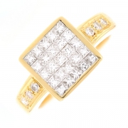 Bague carrée pavage diamants 1.25 carat en or jaune