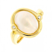 Bague nacre et diamants en or jaune