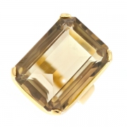 Bague vintage quartz fumé 21.45 carats en or jaune
