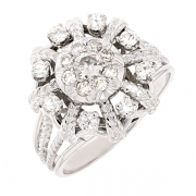 Bague marguerite vintage diamants 0.80 carat en or blanc