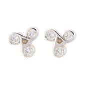 Boucles d'oreilles trilogie de diamants 0.66 carat en or blanc