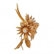 Broche vintage fleurs diamants en or jaune et or blanc