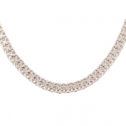 Collier maille contemporaine en or blanc 44.20grs