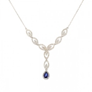 Collier diamants 0.84 carat et saphir 0.49 carat en or blanc