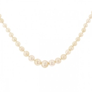 Collier perles fines en chute et fermoir or blanc et diamants 0.05 carat