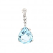 Pendentif aigue marine 5.60 carats et diamants 0.15 carat en or blanc