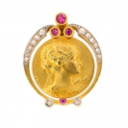Serre collier roses de diamants et rubis en or jaune