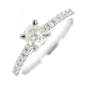 Solitaire diamants 0.73 carat en or blanc