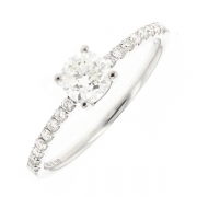 Solitaire diamants 0.67 carat en or blanc