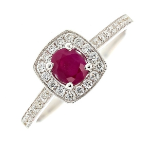 Bague rubis 0.50 carat et diamants 0.23 carat en or blanc