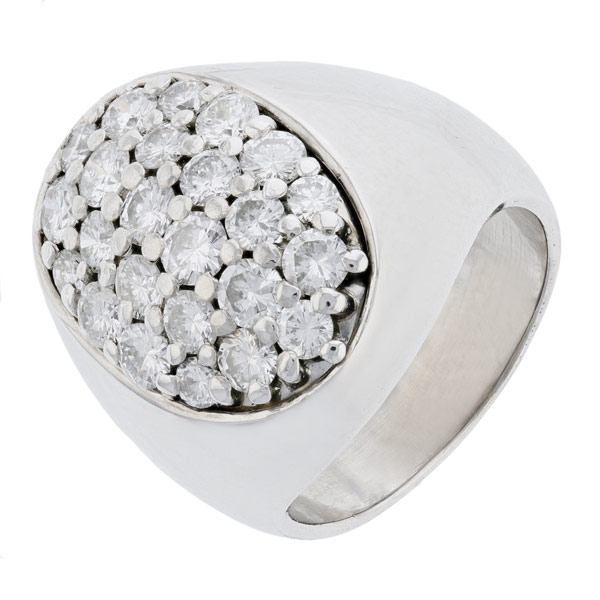 Bague ovale pavage de diamants 1,90 carat en or blanc