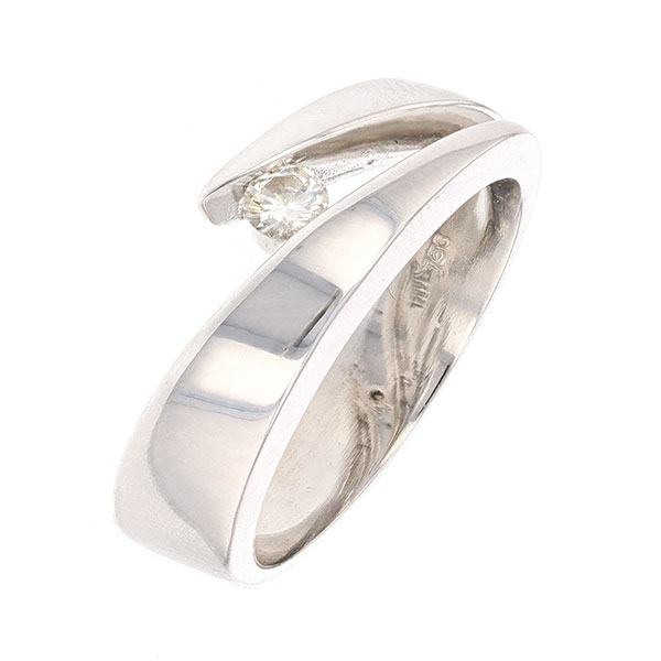 Bague contemporaine signée GAREL diamant 0,15 carat en or blanc